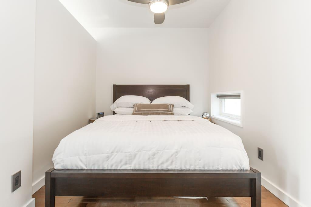 SOL 480 Bedroom