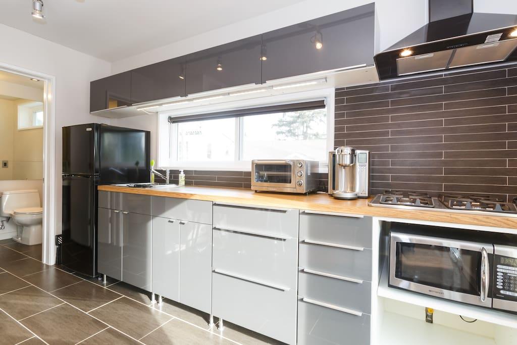 SOL 480 Kitchen